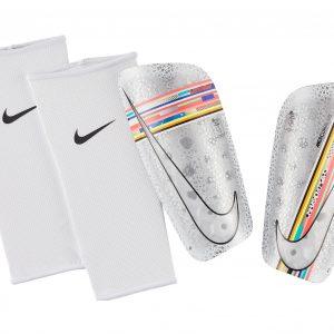 Ochraniacze Nike CR7 Mercurial Lite SP2178-100 Rozmiar S (150-160cm)