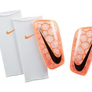Ochraniacze Nike Mercurial Flylite SP2121-809 Rozmiar M (160-175cm)