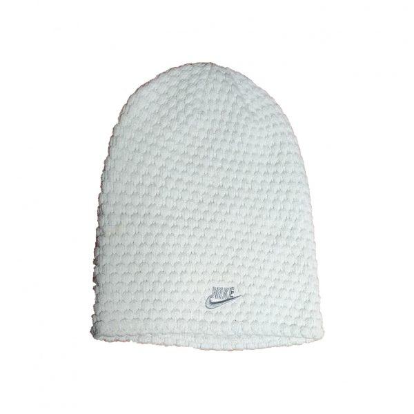 Czapka damska Nike 361670-110